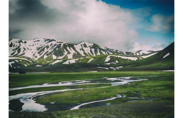 Фотообои Весенние горы