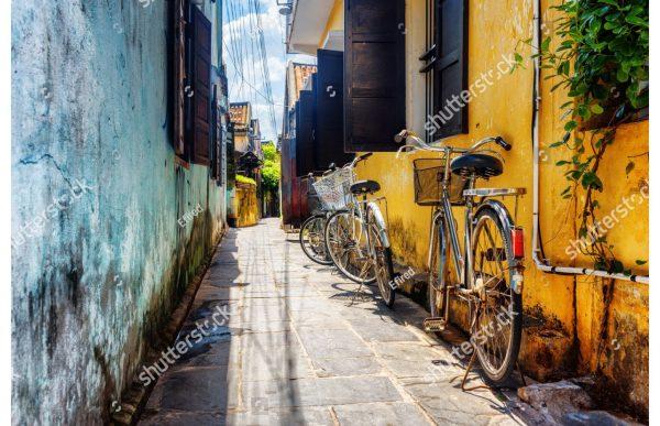 Фотообои Узкий переулок